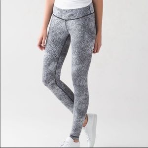 Full length wunder under high rise lululemon pants